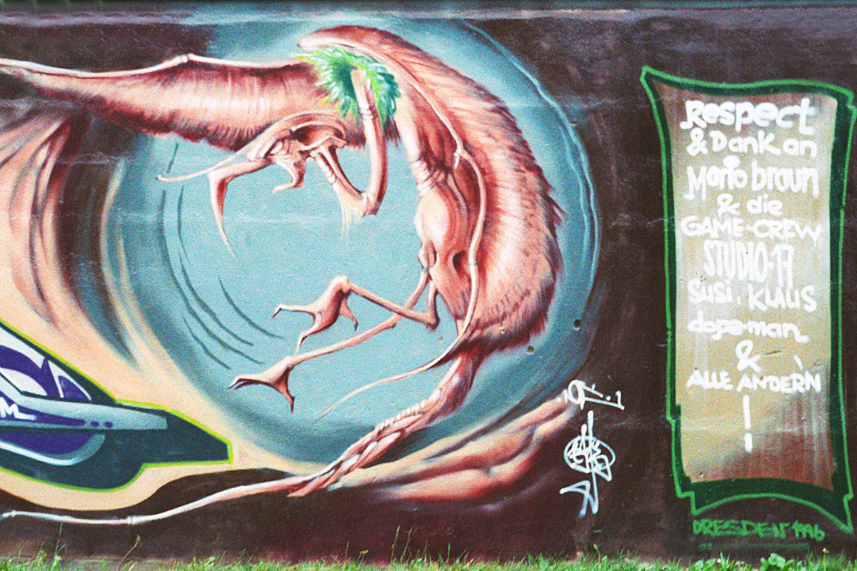 Graffiti auf der Sprühfrisch 1996 in Dresden
