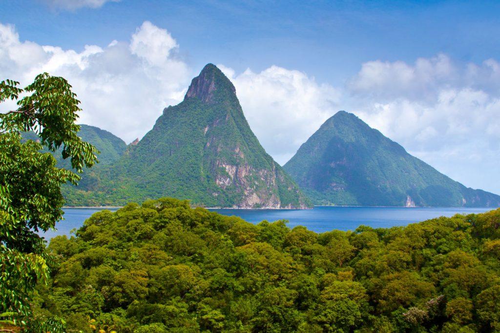 Die Deux Pitons auf St. Lucia