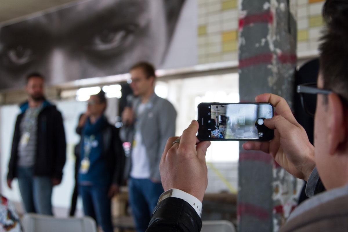 Frank Müller (Kreatives Chemnitz), Maria Köhler (Kreatives Leipzig) und Martin Fiedler (Wir gestalten Dresden) eröffnen die BetaKonferenz.