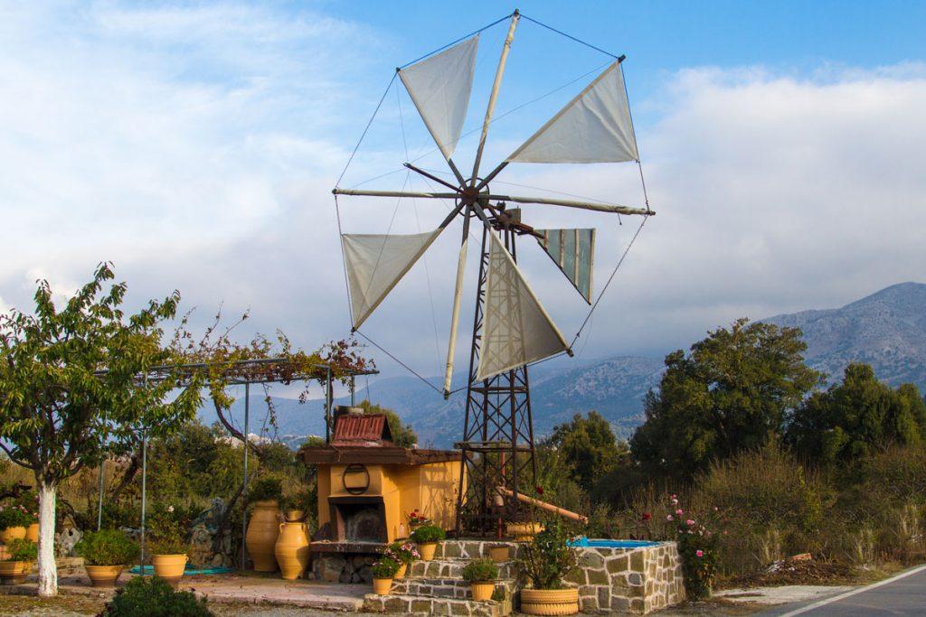 Windmühle zum Wasserpumpen auf der Lasithi-Hochebene