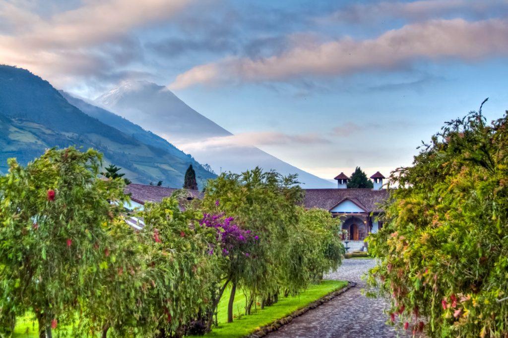 Blick von der Hacienda Leito zum Tungurahua (5023m)
