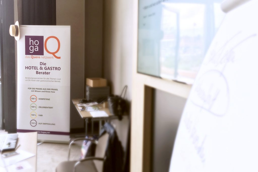 Treffen des Beraternetzwerks Hoga Q im Hotel Holiday Inn am Frankfurter Flughafen