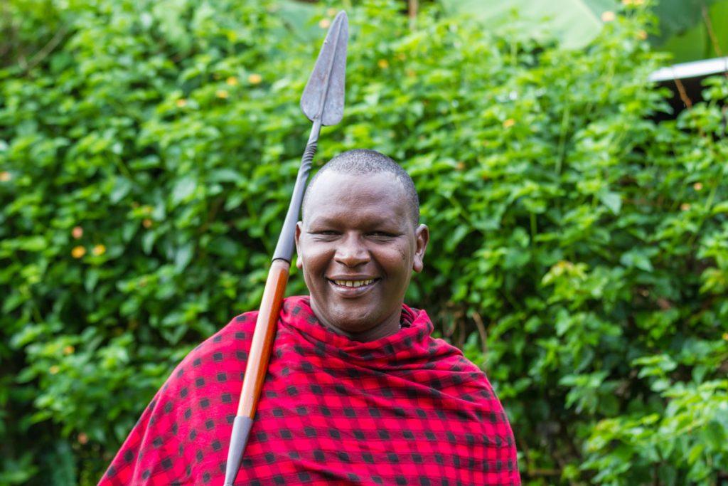 Buschwanderung mit einem Massai im National Artificial Insemination Centre (NAIC), Usa River, Tansania