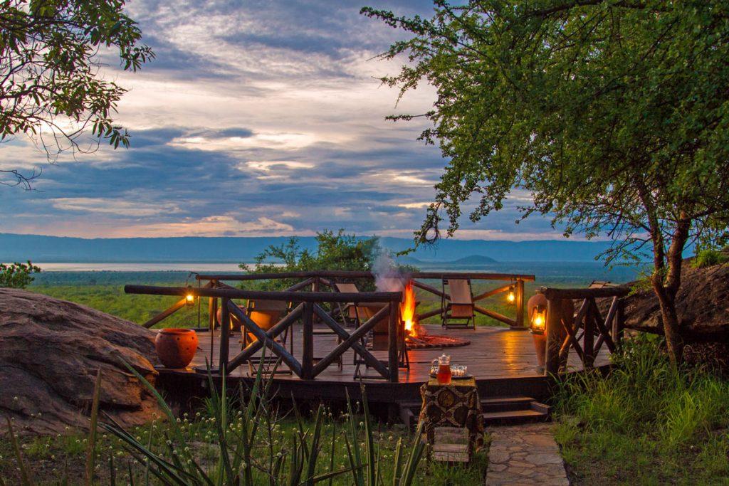 Blick von der Maweninga Camp im Tarangire-Nationalpark über den Burungi-See