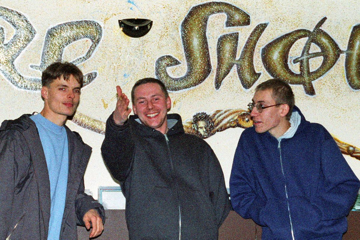Eröffnung des Hip Hop Ladens Sure Shot in Dresden mit dem DJ Studio 17