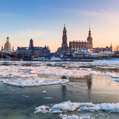 Winterlicher Blick auf Dresdens Altstadt