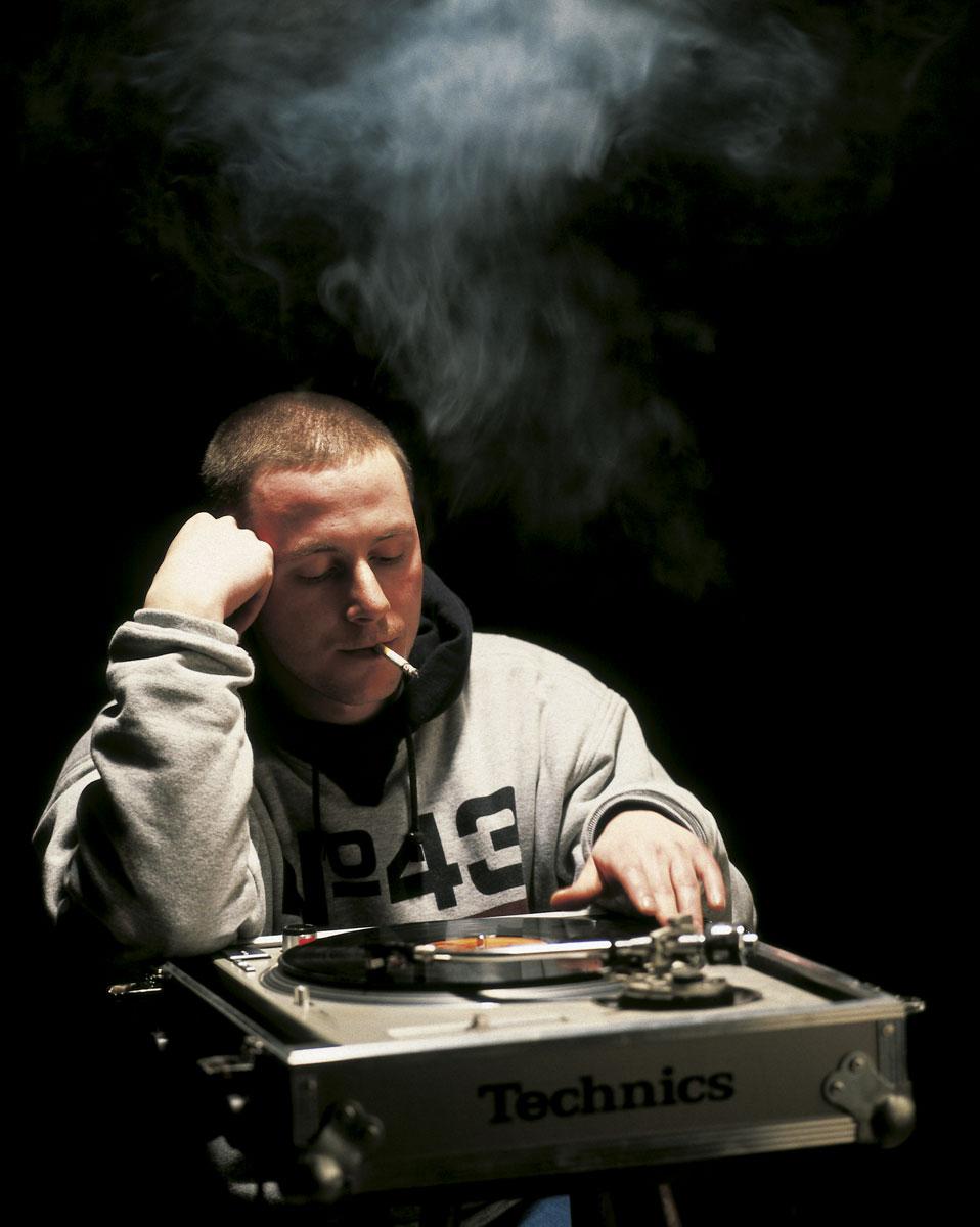 Studio 17 aus Dresden auf dem Cover des Hip Hop Magazins BOOMY