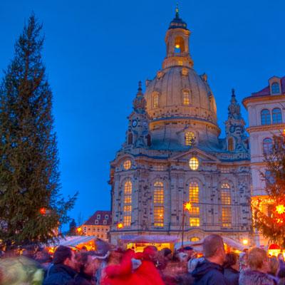Weihnachtsmarkt auf dem Neumarkt Dresden