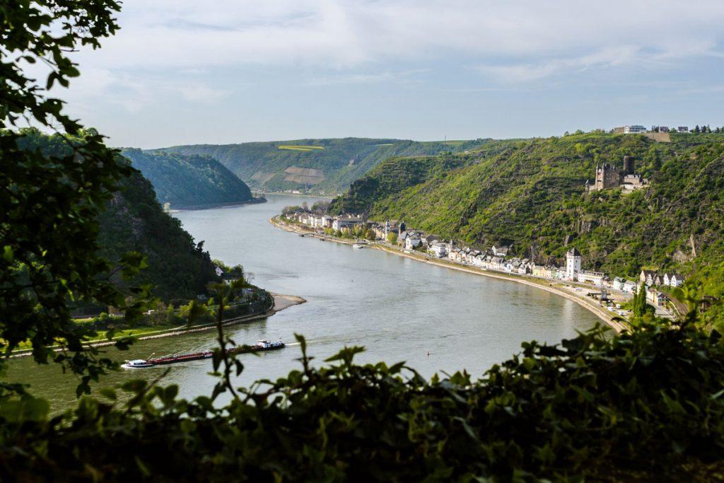 Blick von der Loreley ins Rheintal