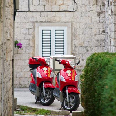 Lieferdienst in Trogir, Kroatien