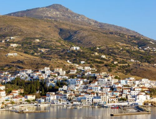 Hafen von Batsi auf Andros im Zeitraffer