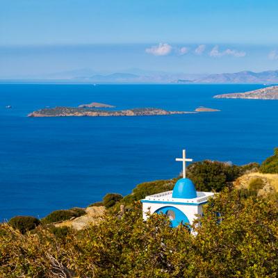 Orthodoxe Kapelle Antonius der Große nahe des Ferienorts Batsi auf der griechischen Kykladeninsel Andros