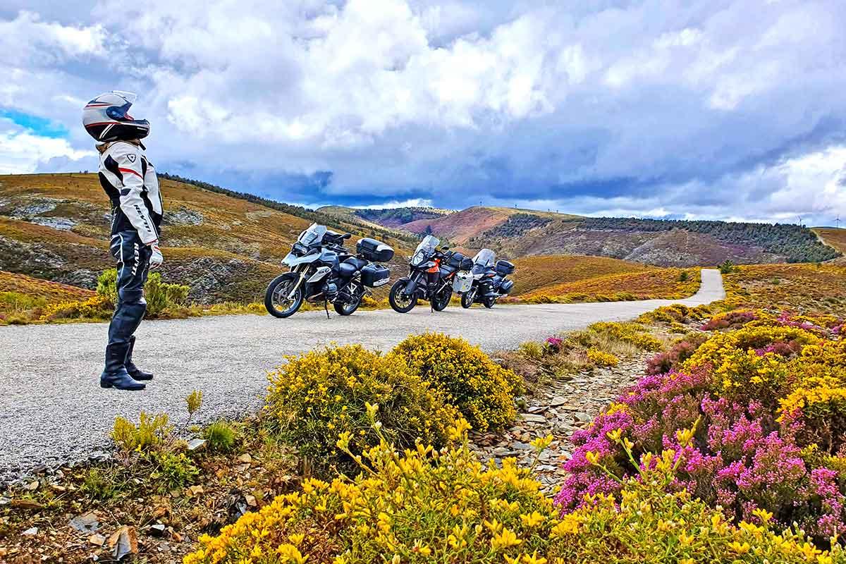 Kataloggestaltung Almoto Motorradreisen